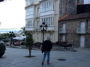 Platz in Caraminal - von den umliegenden Bars als Terrasse genutzt