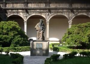 Im Innenhof der Universität von Santiago de Compostella