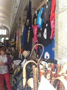 Stab und Muschel - sogar hier in den alten Markthallen