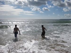 Frantz & Ronny tauchen in den Atlantik ein
