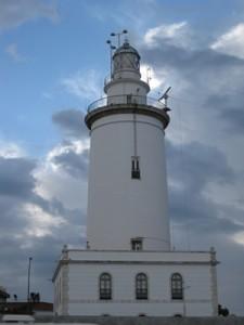 Leuchtturm am Hafen von Malaga