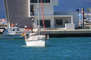 """""""Tankschiff"""" Malwieder - in die Marina Alcaidesa einlaufend"""