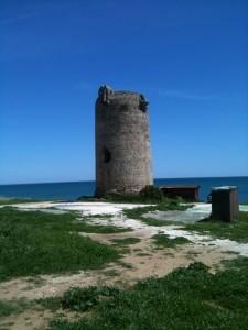 Wehrturm, Leuchtturm?? Jedenfalls bewachte er einst die Mittelmeerkueste zwischen La Linea und Estepona