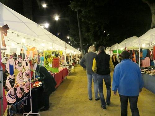 Weihnachtsmarkt in Santa Cruz - eher ein Kunsthandwerkermarkt
