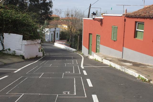 Der Sinn dieser Strassenmalerei erschliesst sich uns noch nicht - gesehen in Tacoronte