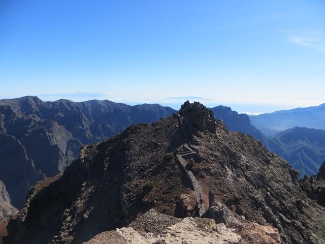 Inselblick - von hier oben liegen Gomera, El Hierro, La Palma und Teneriffa vor bzw unter uns