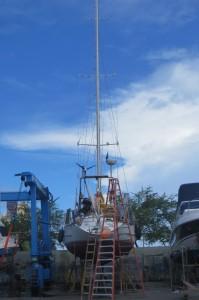 Aufgepallt im Boatyard der Bahiamarina Salvador