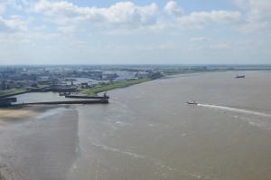 So oft sind wir in die grosse Schleuse von Bremerhaven eingefahren