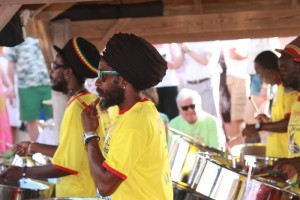 Halcyon Steel Band auf Shirley Heights Lookout