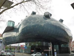 Das Kunsthaus - futuristisch und auch aussen viel Raum für Fantasie bietend