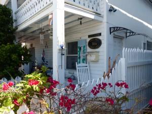 Schnuckelig aber leider unbezahlbar, so ein Häuschen hier in Key West old town