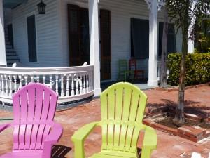Einladend - Terrasse eines Gästehauses in Key West
