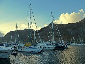Neuer Liegeplatz Marina Tenerife.JPG
