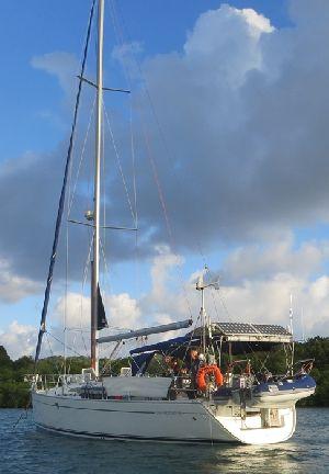 Samirena auf Martinique komprimiert.JPG